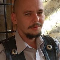 Белослав Хмелёв