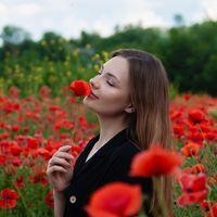Алина Вакарова